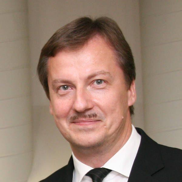 Michael Schulze • Bundesinnungsverband des Glaserhandwerks